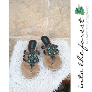 Kenneth Cole Reaction Brown Teal Beaded Sandals 9